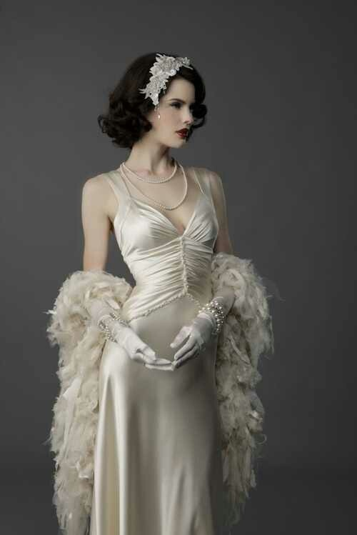 Gatsby inspired 1920 39 s flapper hair for a wedding 1920 39 s for Vintage wedding dresses 1920s