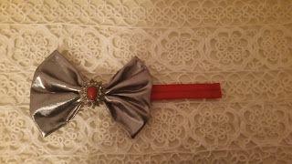 Headbandslatina              : Banda roja con lazo plateado