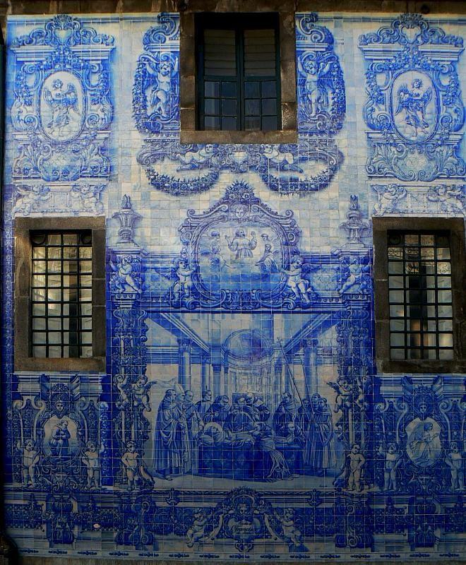 Porto | Capela das / Chapel of Almas | Eduardo Leite | 1929 #Azulejo #Porto #EduardoLeite