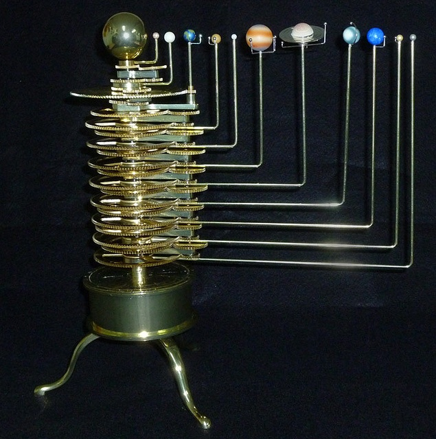 The Brass Orrery - Model Solar System by Photo_History, via Flickr    http://www.flickr.com/photos/20939975@N04/6232877716/