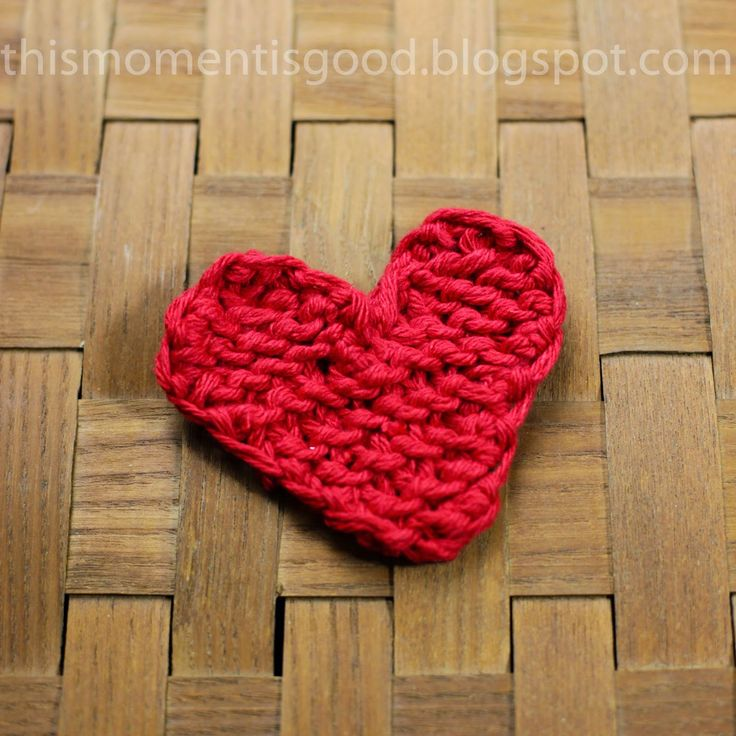 This Moment is Good!: LOOM KNIT HEART - FREE PATTERN