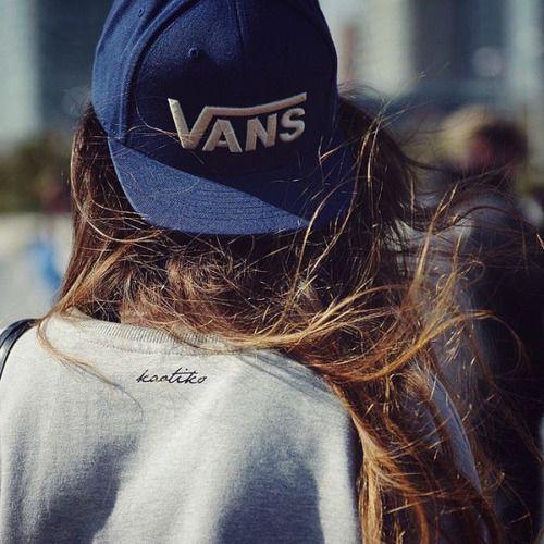 Imagen de vans, girl, and hair