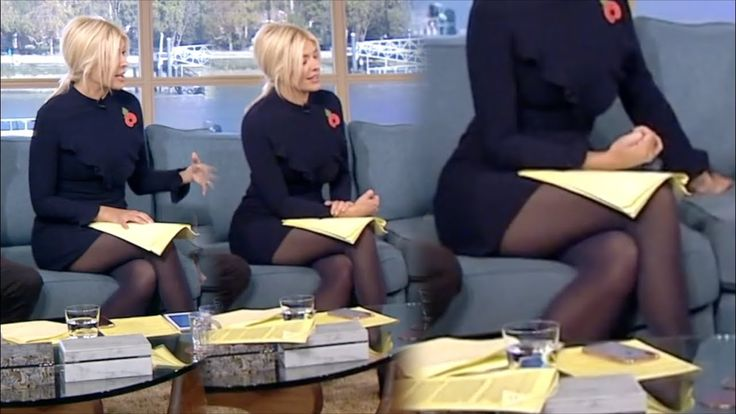 Holly Willoughby | Navy Tights!