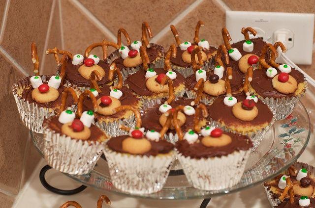 Christmas Recipe: Reindeer Cupcakes    Favorite Recipes