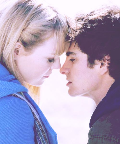 The Amazing Spider Man: Gwen Stacy & Peter Parker.