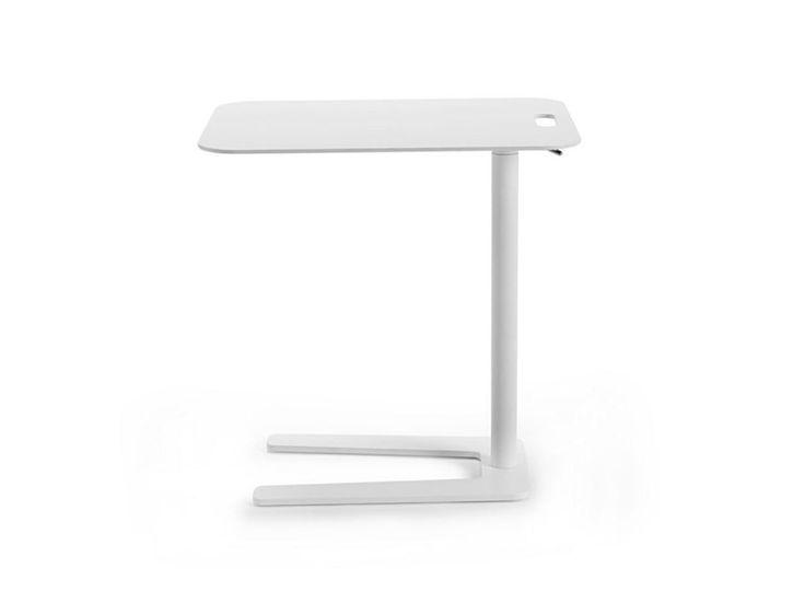 Mesita ajustable en altura rectangular TOOL by Offecct dise�o Studio Irvine