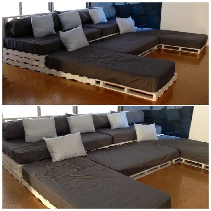 Sofa Bed Home Theater: Pallet Cinema Sofa.