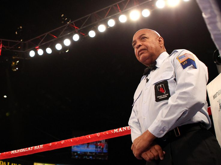 Conor McGregor hires hall-of-fame referee to better learn the rules of boxing ahead of Floyd Mayweather fight