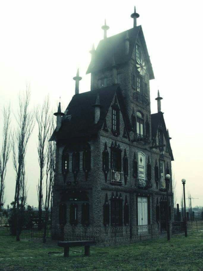 Cursed Mansion - Taxas, USA...