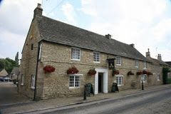 The Queen's Head in Nassington village - a great pub in an idyllic setting, serving both good food and drinks. Enjoy the lovely gardens that lead down to the river on warm days.  Approximately 20 minutes by car from the cottage.