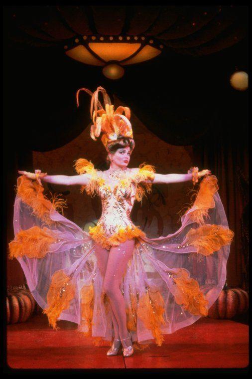 117 best musicals ive been in pt1 guys and dolls images on guys and dolls 1992 bway musicalsmusical theatre fandeluxe Images