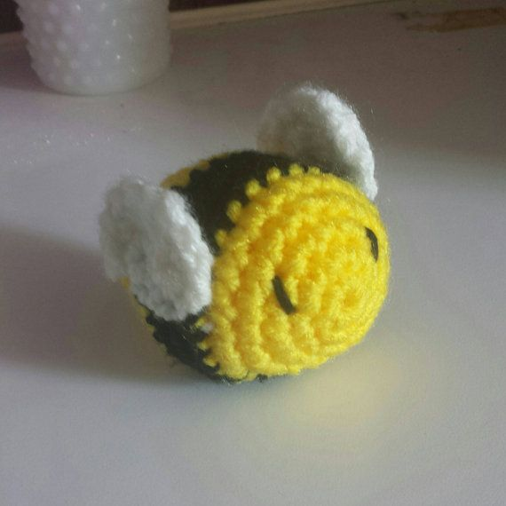 Hey, I found this really awesome Etsy listing at https://www.etsy.com/listing/269093902/cute-plush-mini-amigurumi-bumblebee-toy