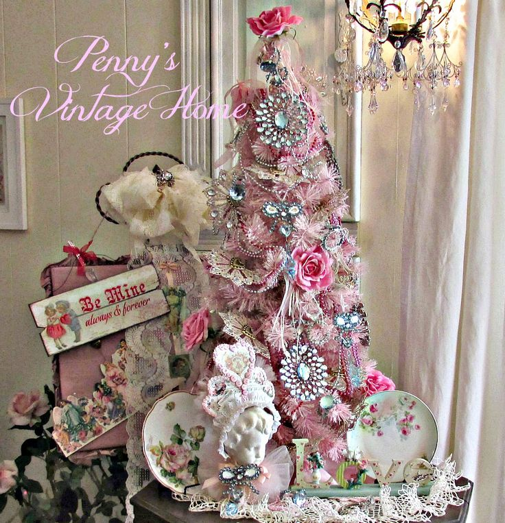 Penny's Vintage Home: Valentine Tree* 1500 free paper dolls at Arielle Gabriels The International Paper Doll Society also at The China Adventures of Arielle Gabriel free China paper dolls *