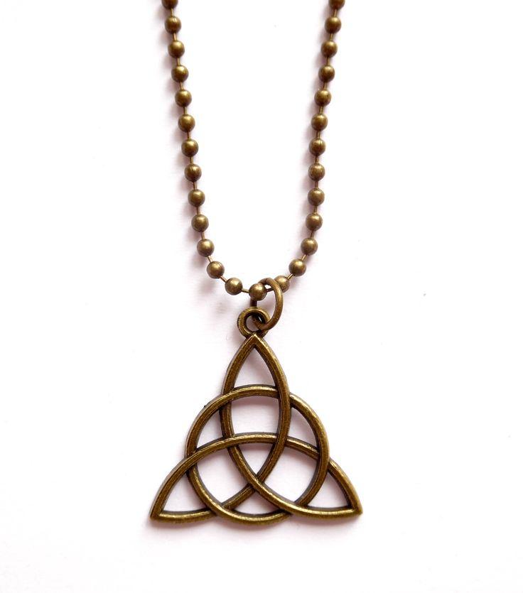 Halsband med keltisk symbol från Lady of the Lake Smycken http://ladyofthelake.se