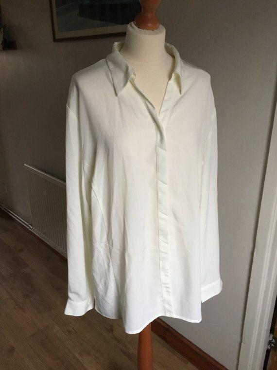 Vintage shirt blouse  Cream White  plus size UK 24  1970s /