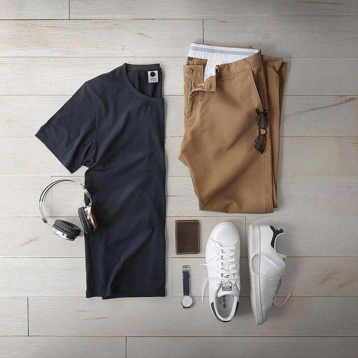 It's Sunday and you want stay comfortable and still look stylish. Here's an outfit that'll do just that for you. A Camel Chinos + Classic Navy Crew Neck + Timeless White Sne…