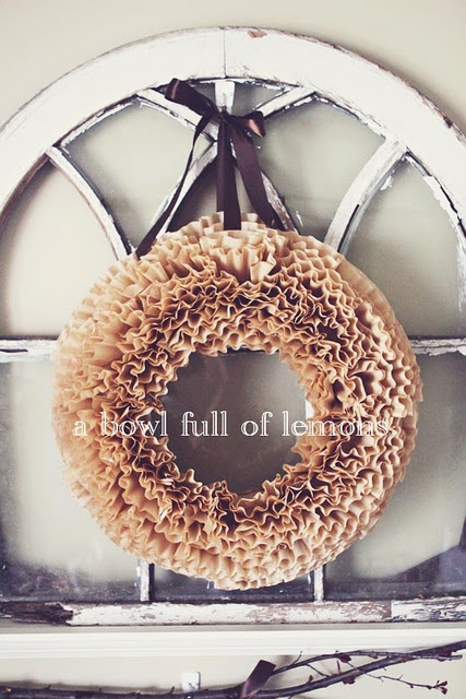 brown coffee filters.Link Parties, Projects, Coffee Filters Wreaths, Bowls Full, Coffee Bar, Coffee Filter Wreath, Parties Tuesday, Coffe Filters Wreaths, Front Doors