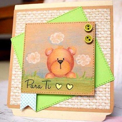 Set de sellos de oso y conejo #malistampsideas con una manera distinta de colorearlo! Tarjeta hecha por @mifabricadeideas  #scrapbooking #scrap #manualidades #cursosmanualidades #tarjetas  #osos #kraft #coloring #coloreado