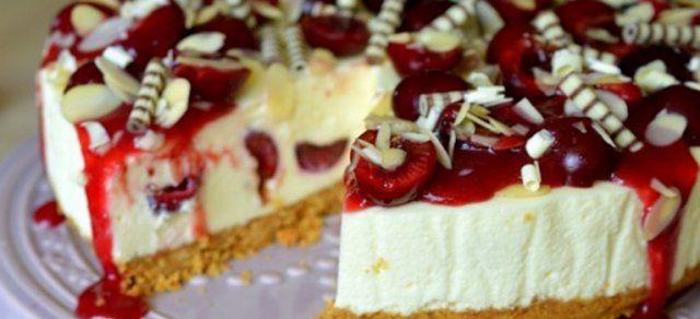 Desertul de duminica: Cheesecake cu cirese fara coacere