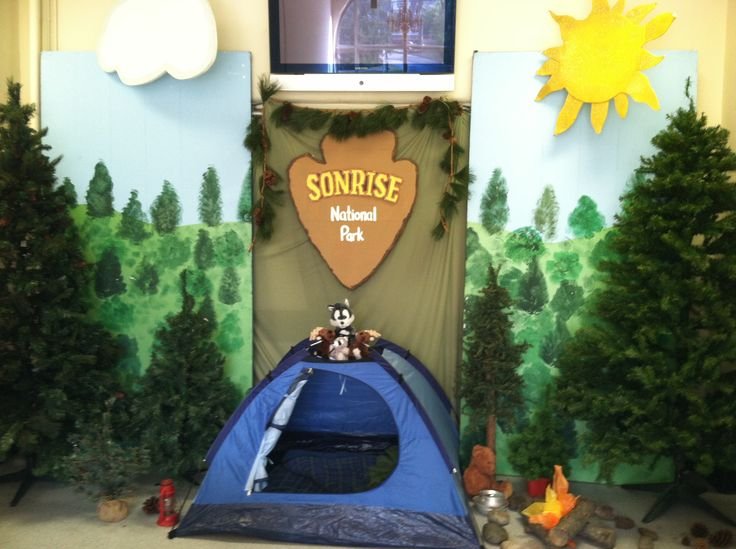 Vbs Camping Theme Decorating Ideas Part - 46: Our Front Hallway Decorated For Son Rise National Park VBS
