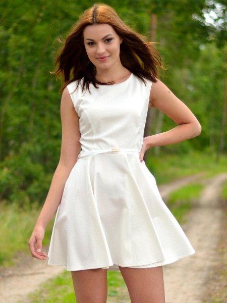 Śliczna Sukienka Ecru rozkloszowana  http://besima.pl