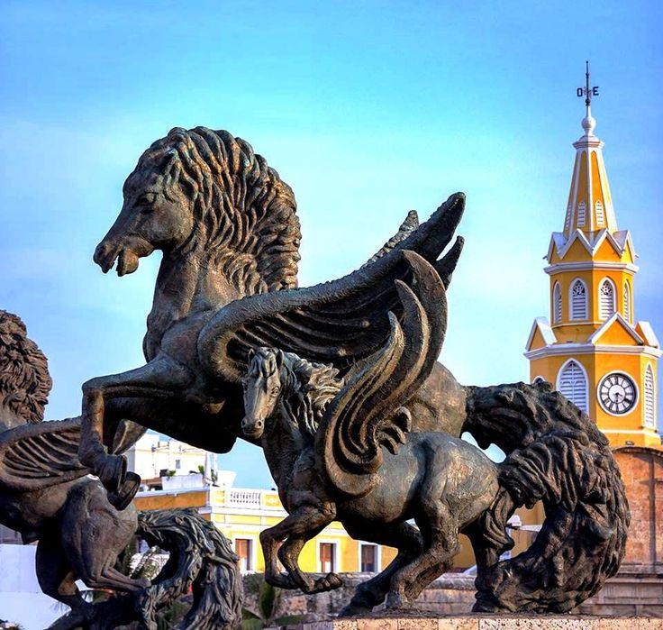 Colombia - Pegasos y torre del reloj, Cartagena de Indias, D. T. y C., Bolivar.