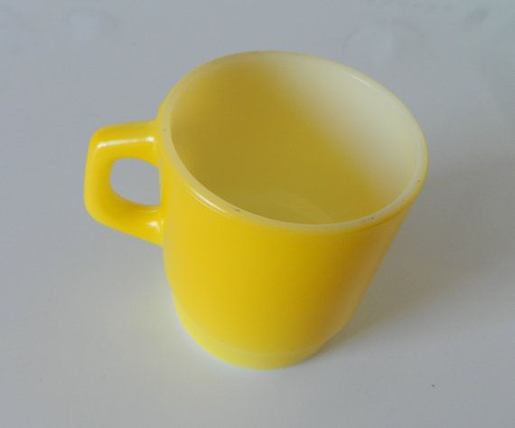 Anchor Hocking Fire King Stacking Stackable Yellow Coffee Cup