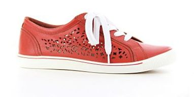 Ziera have instore their new Summer range of footwear for the discerning customer, time to ditch the Winter heavies!