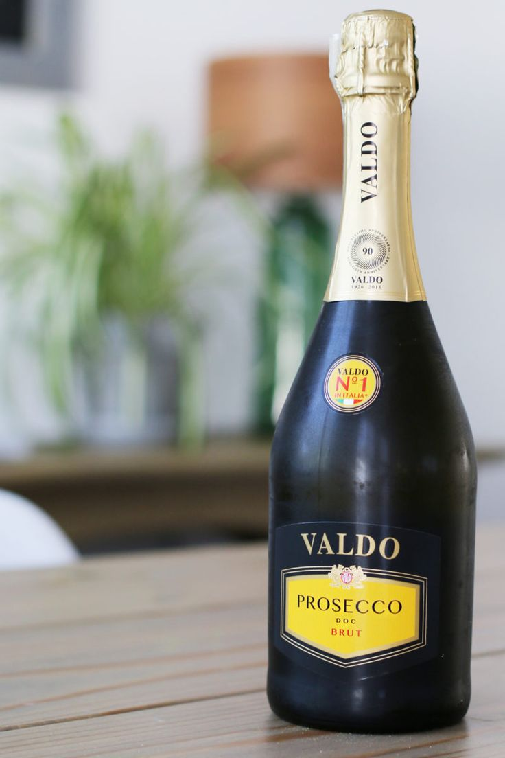 Valdo Prosecco is the #1 selling Prosecco in Italy! It goes great with all your Italian faves.