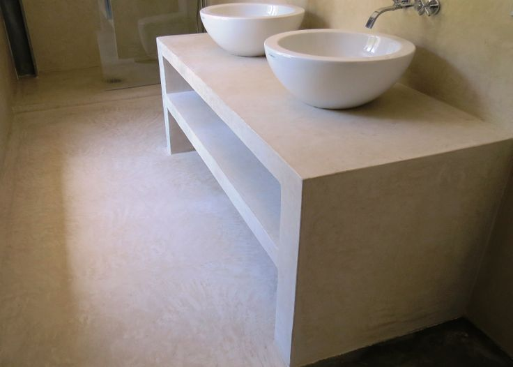 pavimento e piano lavandini