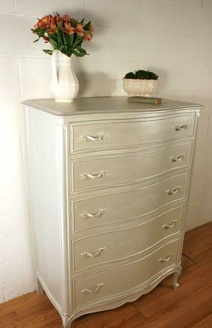 Pearl Effects Metallic Dresser Tutorial | Glitter for Grown-ups