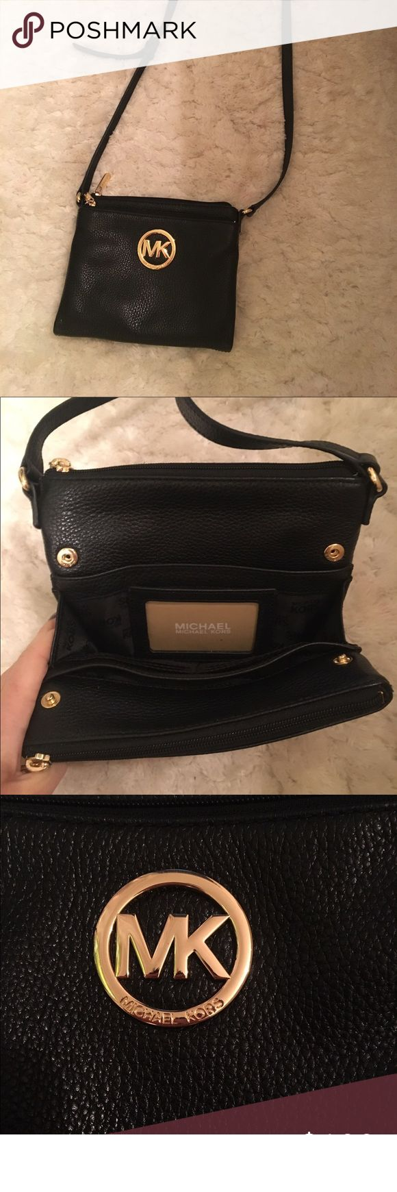Micheal Kors Fulton cross-body black purse Authentic Micheal kors cross-body purse. No tags but never used. Black. Any questions just ask Michael Kors Bags Crossbody Bags