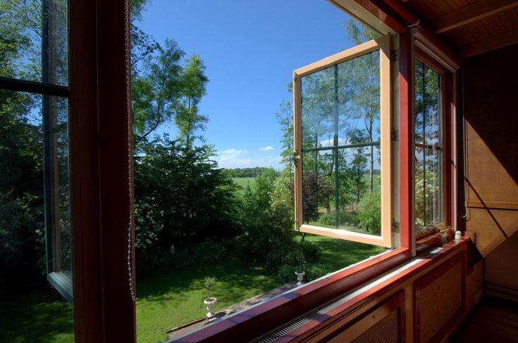 Uitzicht slaapkamer (logeerslaapkamer)
