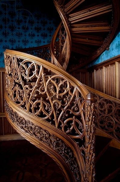 1000 images about carved staircase on pinterest patrick. Black Bedroom Furniture Sets. Home Design Ideas