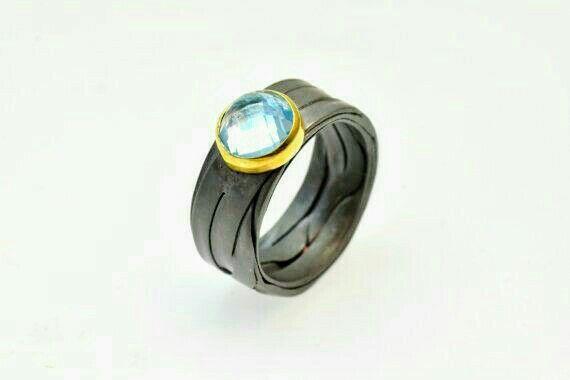 Giampouras jewellery titanium