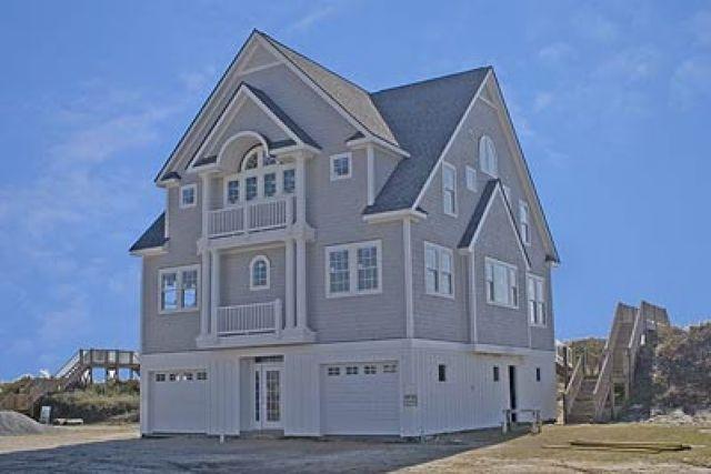 Island Drive 4346 | Oceanfront Vacation Rental | N. Topsail Beach NC