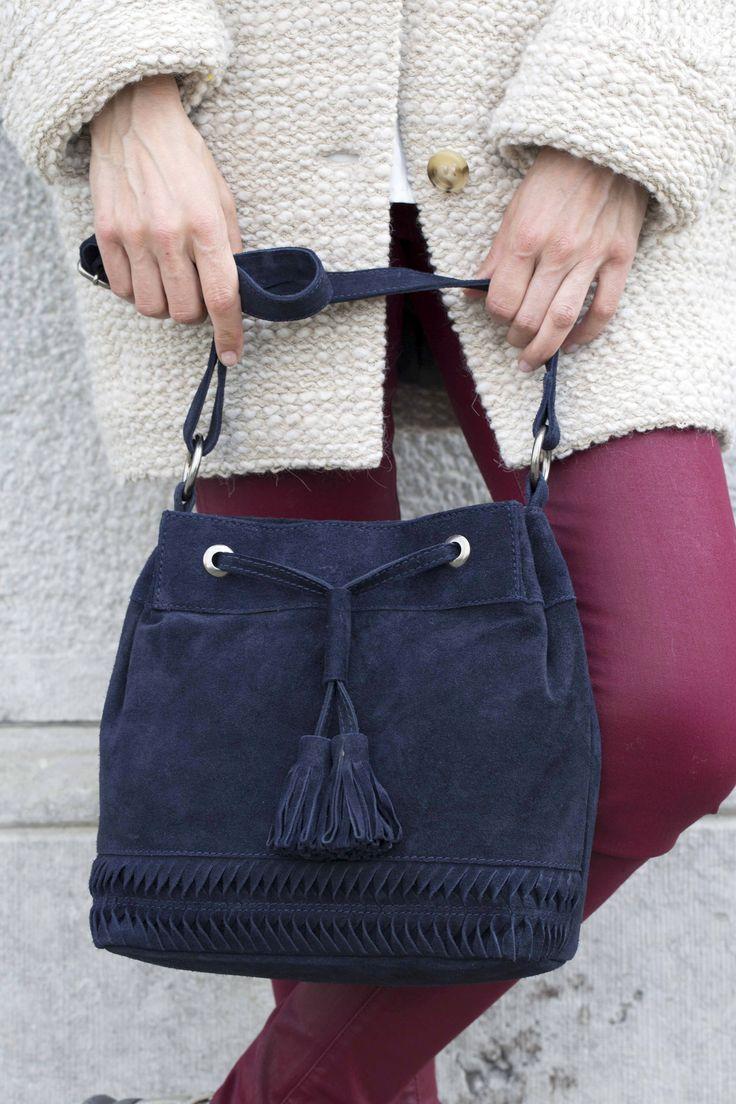 www.veritas.be Blauwe suède handtas - Blue suede handbag