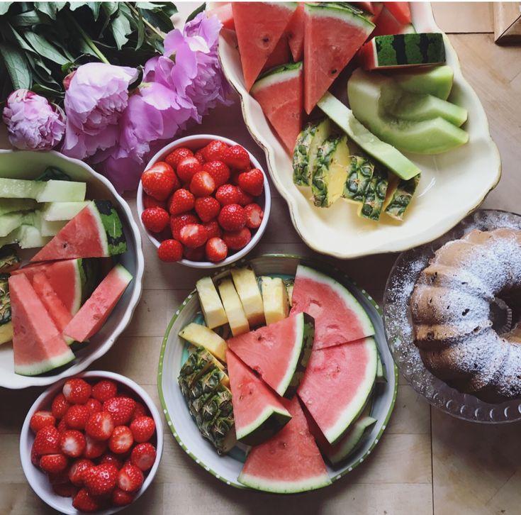 Gesund backen für andere: Dattel-Muffins und Dattel Bundt Cake | Carrots for Claire