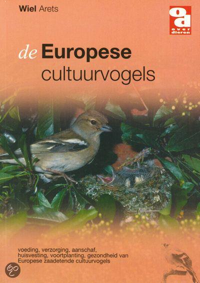Een bijzonder interessant boek voor iedereen die meer wil weten over Europese cultuurvogels. Er is duidelijk beschreven waar men op moet letten bij aanschaf van een vogel, welke   ziektes kunnen voorkomen en welke soorten voeding er zijn.