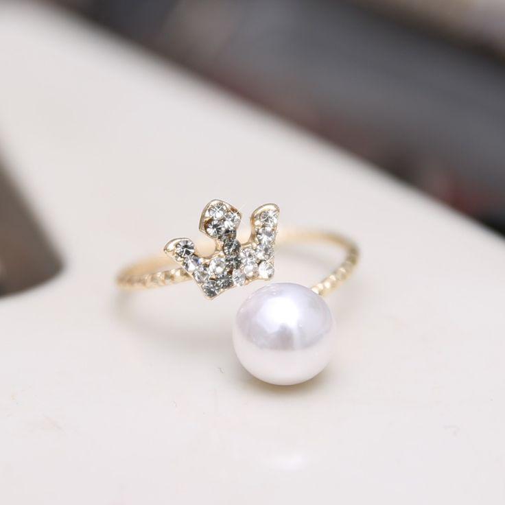 Economico 2014 moda perla ring con corona di cristallo moda perla anelli per il matrimonio delle donne, Acquisti di Qualità Fasce di cerimonia nuziale direttamente da Fornitori 2014 moda perla ring con corona di cristallo moda perla anelli per il matrimonio delle donne Cinesi.
