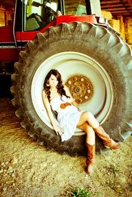 senior picture ideas for country girls | Senior Picture ideas- Brandy this reminded me of your style