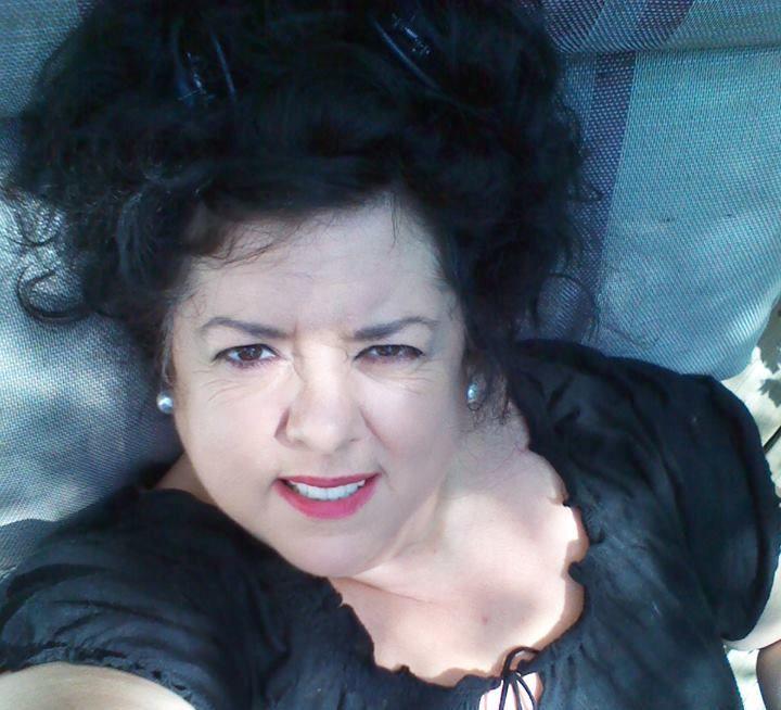 Claudine Paquette dans Sous les ombres de l'été.