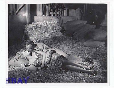 Barbara Nichols sexy, Aldo Ray VINTAGE Photo The Naked And The Dead