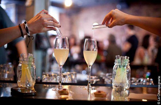 Zurbaines.com | Sortie: La Champagnerie dans le Vieux-Montréal >> http://zurbaines.com/fr/sorties/la-champagnerie-vieux-montreal/