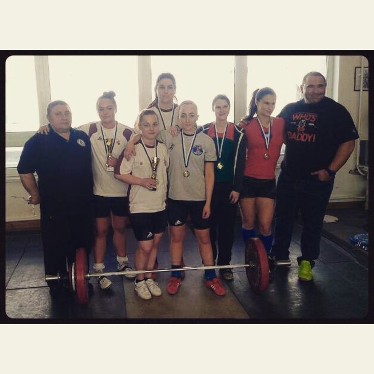 #Weightlifting team of #Tatabanya #girlswholift #crossfitgirls