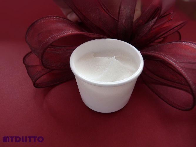 PŘÍRODNÍ DEODORANT - VZOREK 5 ML Příroní deodorant5 ml přesně balení na cesty, do práce, do kabelky a jiné příležitosti (třeba malý dárek) balený v bílé kosmetické dózičce vůně zeleného čaje Deodorant je svou skladbou přírodních olejů a dalších složek vynikajícím pomocníkem pro potlačení nepříjemného pachu při pocení, ale nezabraňuje samotnému ...