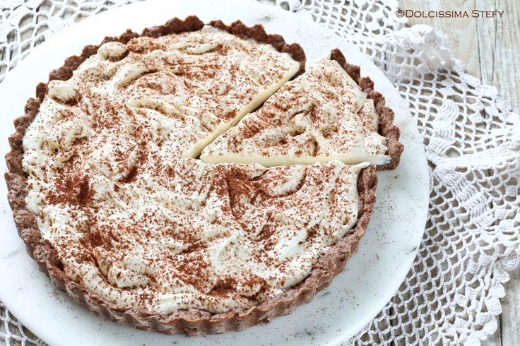 Crostata al Cioccolato e Camy Cream. Farla è davvero molto semplice e il ripieno che avanza può essere usato per farcire altri innumerevoli dolci. Ingredienti per una crostata da 24 cm per la frolla al cacao: 110 g di farina 00 70 g di burro 60 g di zucchero a velo 20 g di cacao amaro in polvere 1