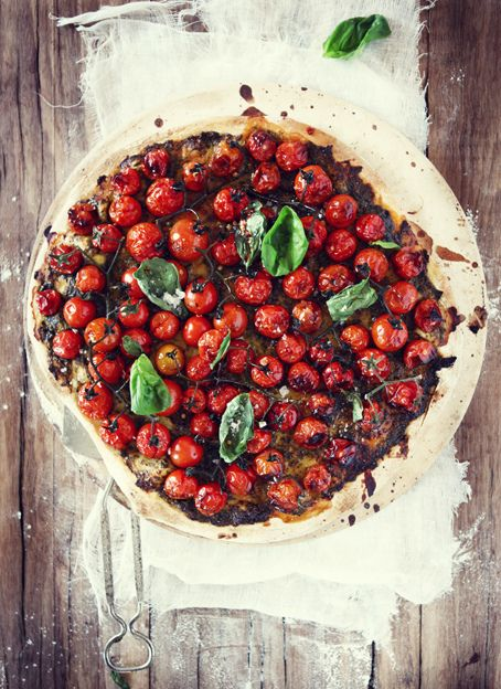 balsamic tomato basil pizza