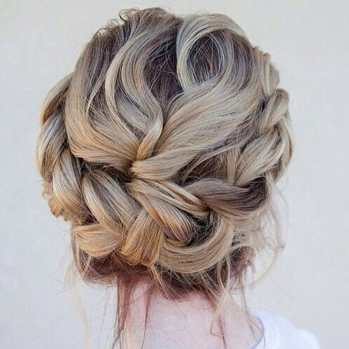 Perfect bride hairstyle