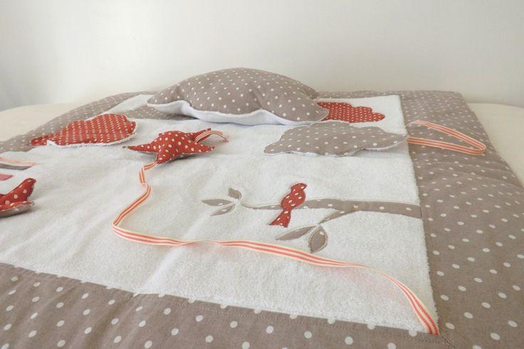 Tapis d'éveil pour fille taupe à pois blancs et liberty rose thème oiseaux : Jeux, peluches, doudous par my-home-made